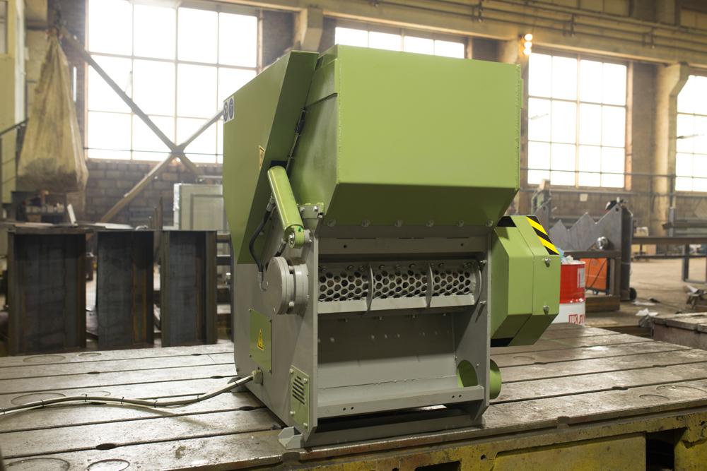 Промышленный шредер для дерева Profit-650
